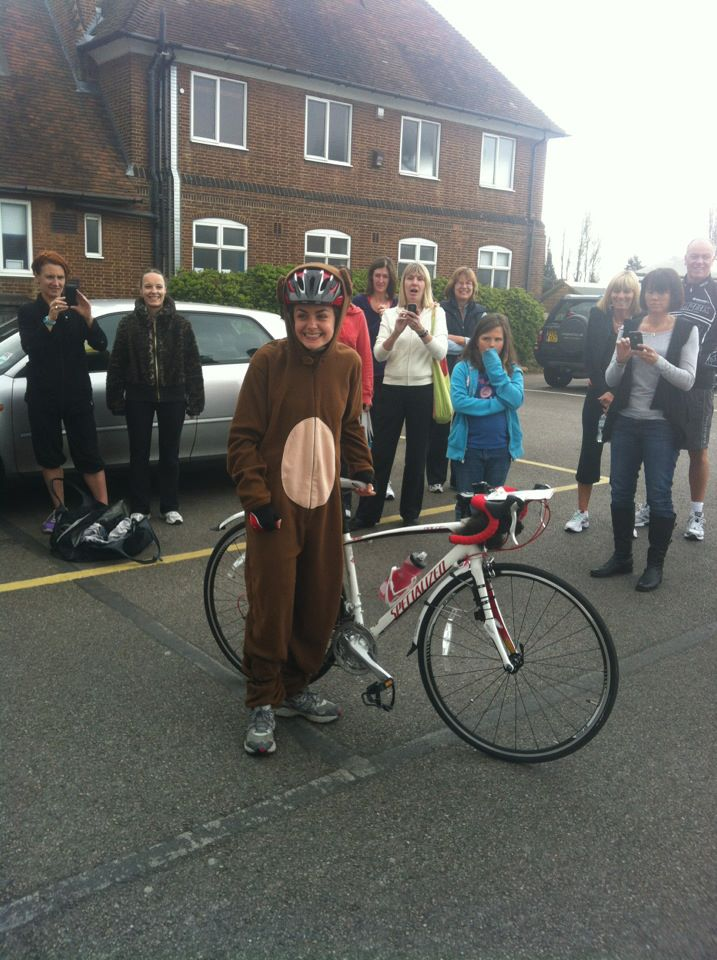 Stop Press: Monkey seen cycling from London to Brighton!! (3/6)