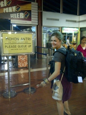 Red tape - tick! Onwards to Buton island! (5/6)